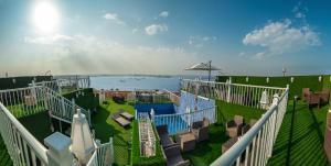 Golden Garden Al Corniche Hotel