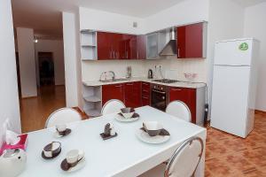 Apartments Severnoe Siyanie 50, Ferienwohnungen  Astana - big - 16