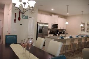 3130 Storey Lake - Wonder Vacation Homes, Дома для отпуска  Киссимми - big - 34