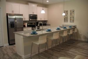 3130 Storey Lake - Wonder Vacation Homes, Дома для отпуска  Киссимми - big - 14