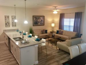 3130 Storey Lake - Wonder Vacation Homes, Дома для отпуска  Киссимми - big - 10