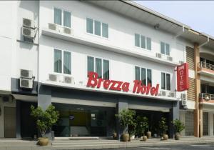 Brezza Hotel Lumut, Szállodák  Lumut - big - 1