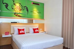 ZEN Rooms Kedung Sari Wonorejo, Szállodák  Surabaya - big - 3