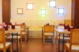 ZEN Rooms Kedung Sari Wonorejo, Hotely  Surabaya - big - 18