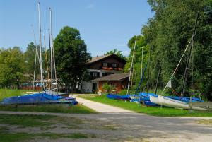 Zum Fischer am See, Pensionen  Prien am Chiemsee - big - 27