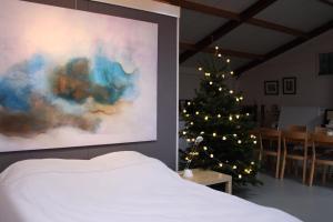 Atelier La Luna, Bed & Breakfast  Berkenwoude - big - 22