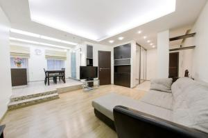 Hi-Tech Home Apartments on Pushkinskay 8