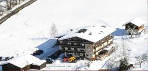 Ski in Ski out Hotel Unterellmau, Hotel  Saalbach Hinterglemm - big - 46