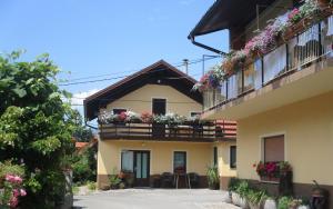 Apartments Mihelcic