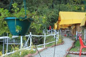 Offthecity Camp Kyar, Luxury tents  Shimla - big - 57