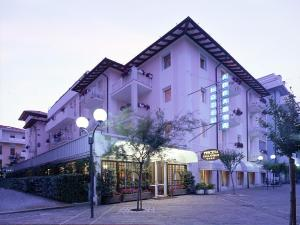 Prenota Hotel Abbazia