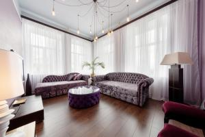 Hi-Tech Home Apartments on Liteinyi prospect 38