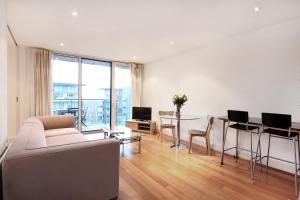 London Lifestyle Apartments - Chelsea Bridge