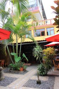 Restaurante, Bar y Hotel Jarachik