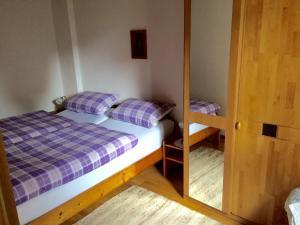 Ferienwohnung-45-qm-Erdgeschoss-Poststr-4-Bad-Endorf