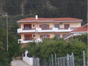 Sunny Apartment, Derveni