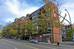Beautiful One Room Apt. in Downtown Vancouver