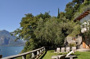 Agriturismo Castello di Vezio, Апарт-отели  Варенна - big - 74