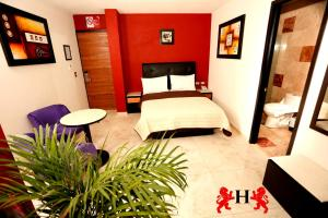 Hotel Leones – Review, Picture, Rates and Deals