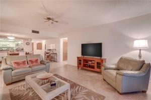 Reflections on the Gulf - Two Bedroom Condo - 504, Апартаменты  Клеруотер-Бич - big - 5