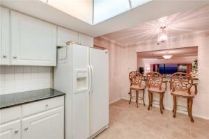 Reflections on the Gulf - Two Bedroom Condo - 504, Апартаменты  Клеруотер-Бич - big - 8