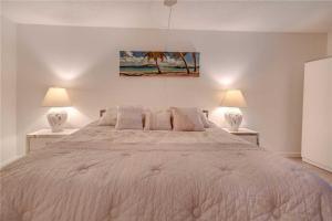Reflections on the Gulf - Two Bedroom Condo - 504, Апартаменты  Клеруотер-Бич - big - 13