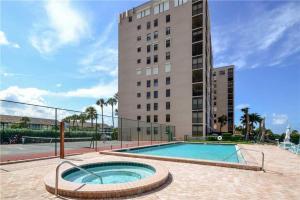 Reflections on the Gulf - Two Bedroom Condo - 504, Апартаменты  Клеруотер-Бич - big - 25