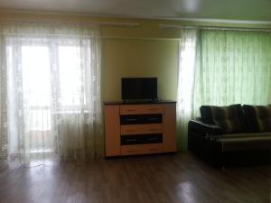 Apartment on Zvereva 1