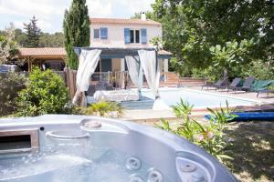 Villa Les Chênes