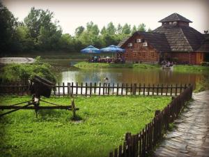 Etno Selo Moravski Konaci