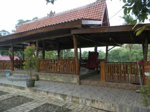 Pondok Pinang Homestay, Homestays  Licin - big - 11