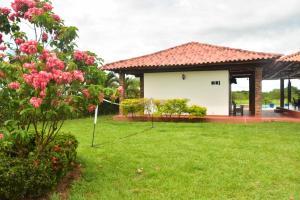 Hotel Campestre San Juan de los Llanos, Vily  Yopal - big - 38