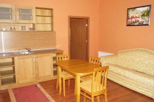 Estreya Apartments, Apartmány  Svätý Konstantin a Helena - big - 41