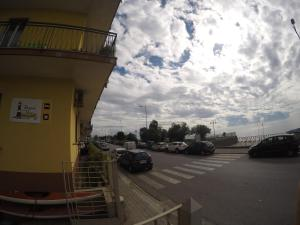 Stanze sul Mare B&B, Bed & Breakfasts  Salerno - big - 9