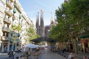 Beautiful Sagrada Familia Apartment