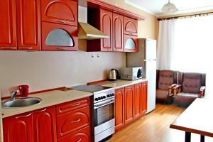 Апартаменты На Независимости 168 - фото 21