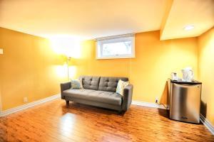 Codsell Residence, Affittacamere  Toronto - big - 2