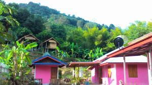 Mae Pom Homestay, Гостевые дома  Ban Muang - big - 23