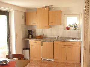Familie Sebök, Appartamenti  Sagard - big - 8