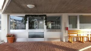 Alpen-Fewo, Residenza Quadra 115, Appartamenti  Flims - big - 9