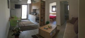 Puzzle Apartment