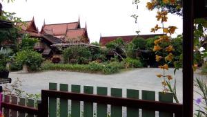 Ruen Chao Khun, Privatzimmer  San Kamphaeng - big - 1