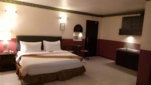 DM Residente Hotel Inns & Villas, Hotels  Angeles - big - 34