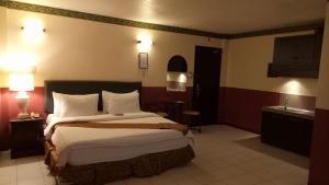 DM Residente Hotel Inns & Villas, Hotels  Angeles - big - 24