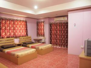 (Somsri Apartment)