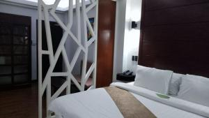 DM Residente Hotel Inns & Villas, Hotels  Angeles - big - 27