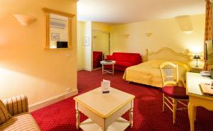 Hotel Arena, Hotely  Fréjus - big - 86