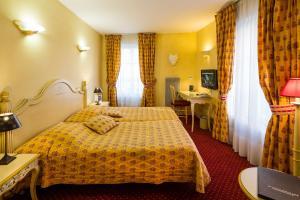 Hotel Arena, Hotely  Fréjus - big - 24