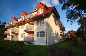 Ferienwohnung Christiane in der Villa zum Kronprinzen direkt gegenüber der SaarowTherme