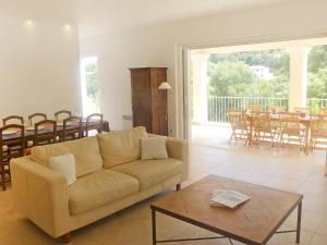 Holiday Home Villa Loupastre